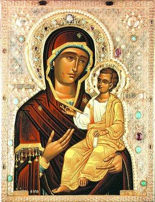 Мироточивая Иверская-Монреальская икона Божией Матери